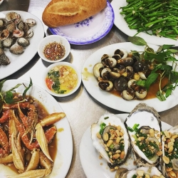 Địa điểm ăn uống, quán ngon, món ốc ngon thu hút giới trẻ tại TP.HCM