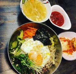 Địa điểm ăn uống, món ngon, quán Hàn Quốc khiến giới trẻ thích ở TPHCM