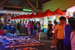 Chợ đêm ngã 6 - Điểm mua sắm, tham quan nổi tiếng Đắk Lắk