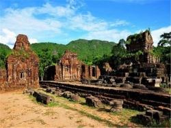 Những địa điểm du lịch làm nên tên tuổi Đà Nẵng nhất định phải đến khi đi du lịch Đà Nẵng