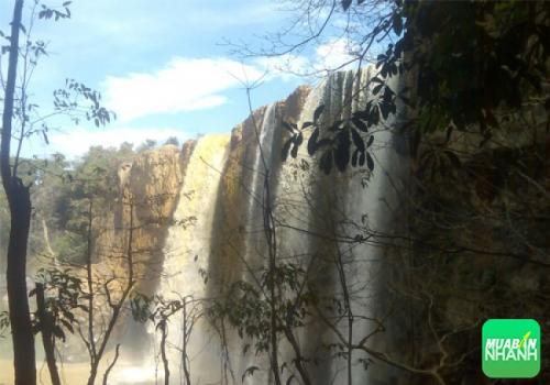 Thác Bảo Đại - hoang sơ và ít dấu chân khách du lịch