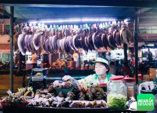 Điểm du lịch Cần thơ – Chợ đêm Tây Đô