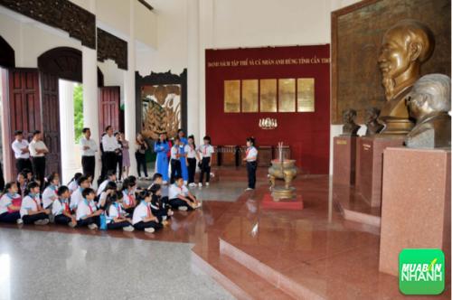 Đây là nơi lưu giữ những hiện vật có giá trị văn hóa của các dân tộc Kinh, Hoa, Khmer trong quá trình dựng nước và giữ nước.