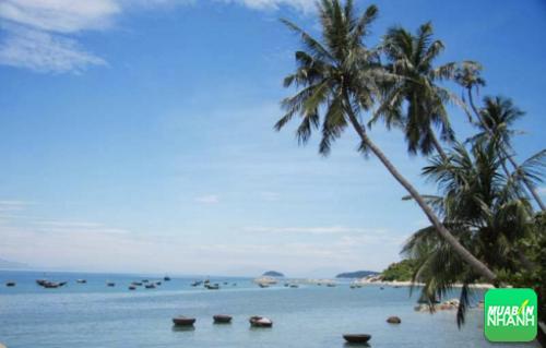 Bãi Hương xinh đẹp và thơ mộng
