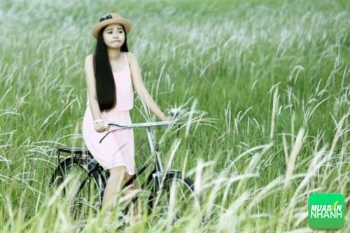 Đây là nơi chụp hình cực đẹp cho mọi người yêu thích cánh đồng lau mềm mại