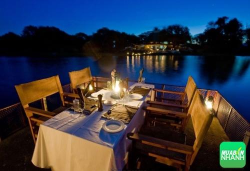 Một vài địa điểm quán ăn lãng mạn cho ngày 20/10 ở Sài Gòn, 304, Phương Mai, Địa Điểm Nhanh, 19/10/2016 11:55:10